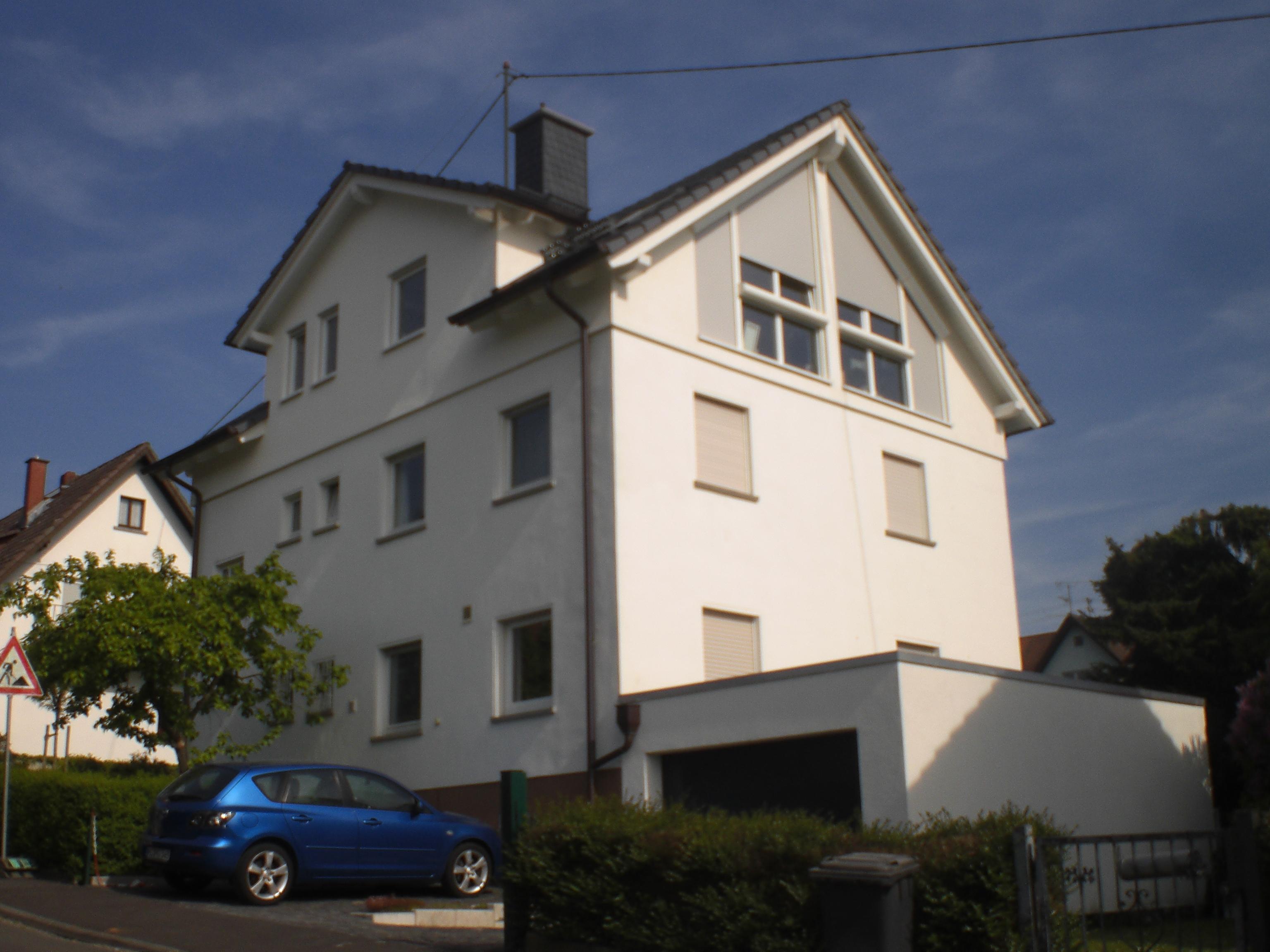 Umbau und Aufstockung eines Mehrfamilienhauses in Königstein
